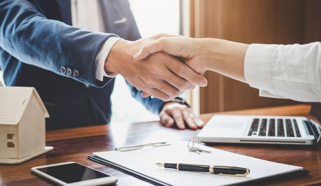 Co wybrać – kilka umów otwartych, czywyłączność?